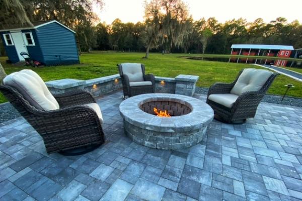 firepits-fireplaces-freshlookoutdoor-18BB5CF559-2A2D-E5ED-8D23-72A1AD2EB26A.jpg
