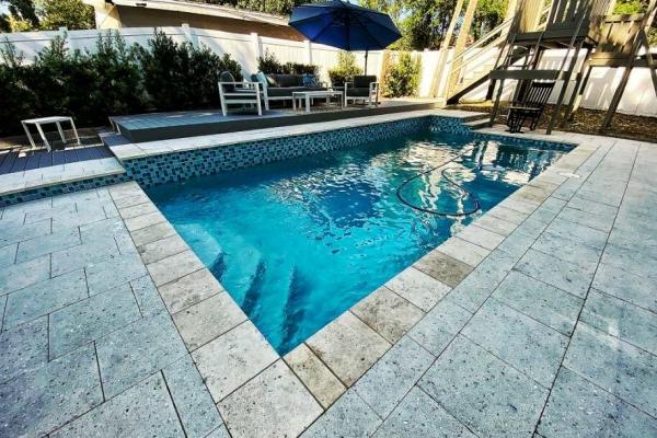 pool-decks-freshlookoutdoor-125D112D56-FA1E-3719-7DE2-98F1CB4A3DF1.jpg