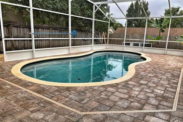pool-decks-freshlookoutdoor-146B1667F9-7C1B-4F5F-41F4-E86DD87ED9D0.jpg