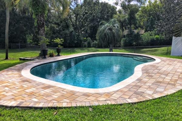 pool-decks-freshlookoutdoor-209445EFC9-EB00-D649-1FEA-85E470B0DA98.jpg